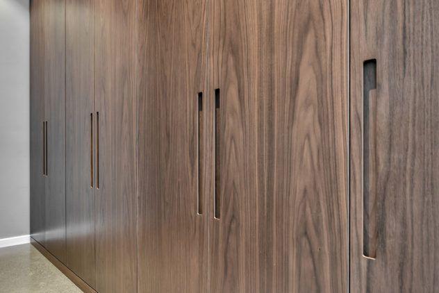 Siledad pähklispoonist uksed integreeritud käepidemega GR1